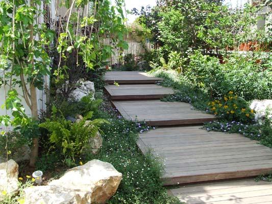 שביל מדרגות איפאה