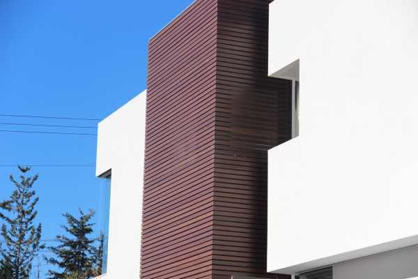 חיפוי קיר מאלומיניום דמוי עץ