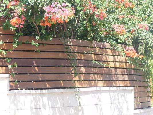 גדר לוחות איפאה ע'ג קונסטרוקציית ברזל