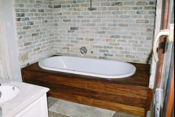 חיפוי גקוזי בחדר אמבט