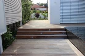 מדרגות דקים